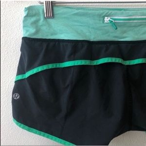 Lululemon Speed Short Black Green Stripe Size 8